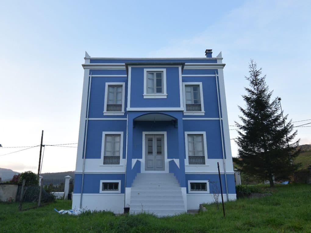 Casa de 7 habitaciones en Trabada en venta - 350.000 € (Ref: 5135110)