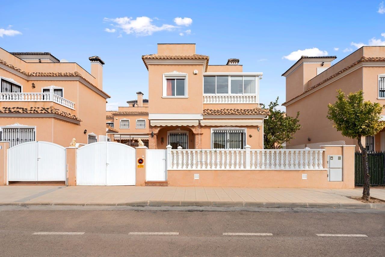 Chalet de 3 habitaciones en Pilar de la Horadada en venta con piscina - 235.000 € (Ref: 5066570)
