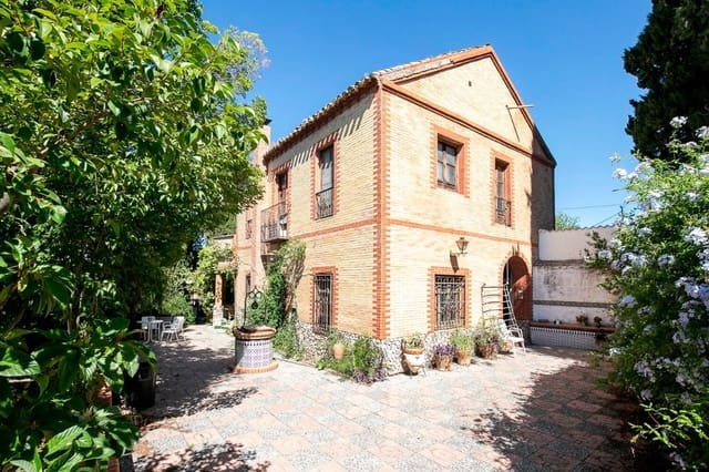 5 chambre Villa/Maison à vendre à La Zubia - 380 000 € (Ref: 5603859)