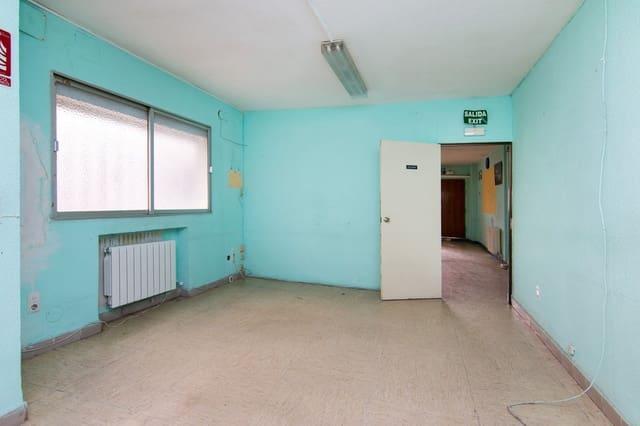 4 slaapkamer Kantoor te koop in Granada stad - € 125.000 (Ref: 5603895)