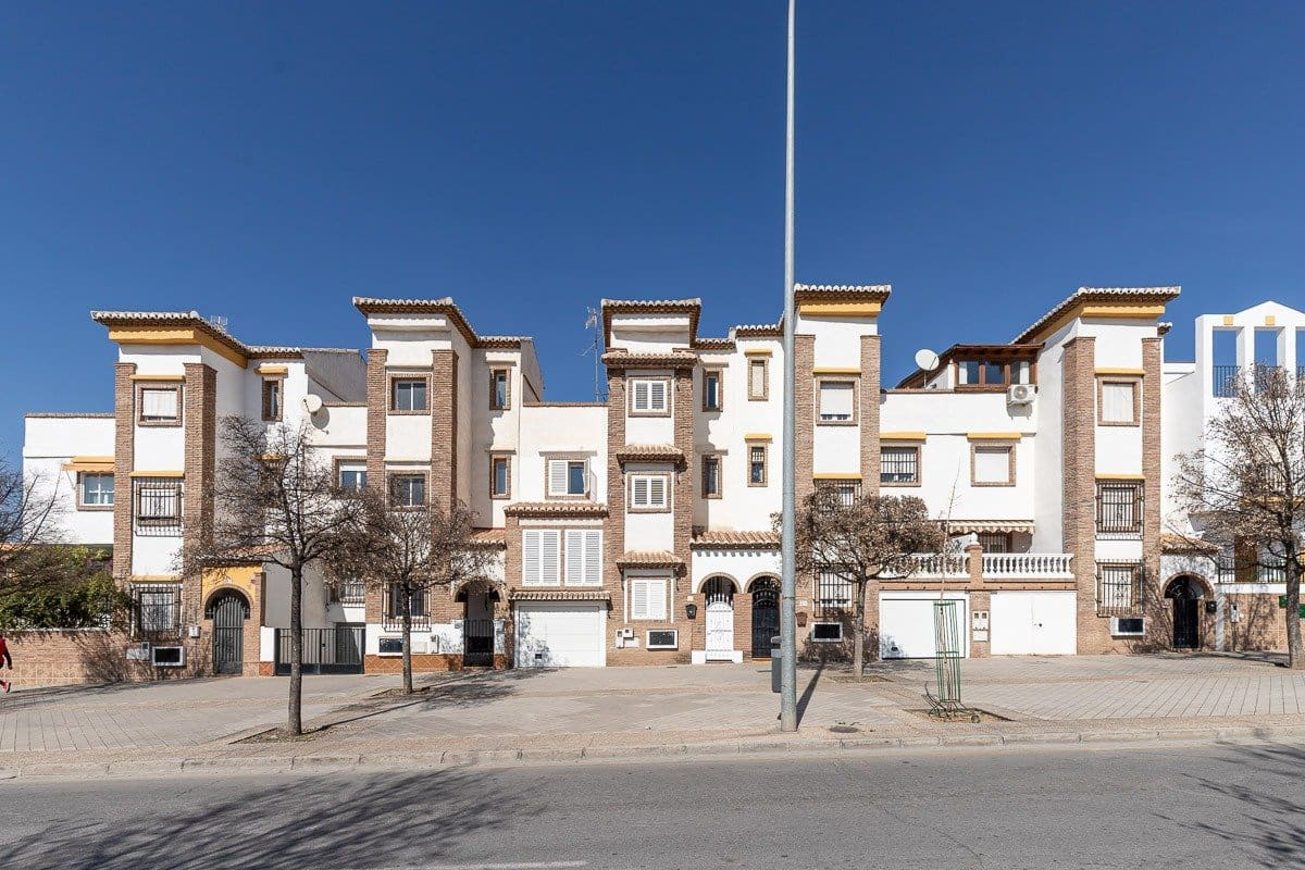 4 soverom Rekkehus til salgs i Granada by - € 398 000 (Ref: 5603907)