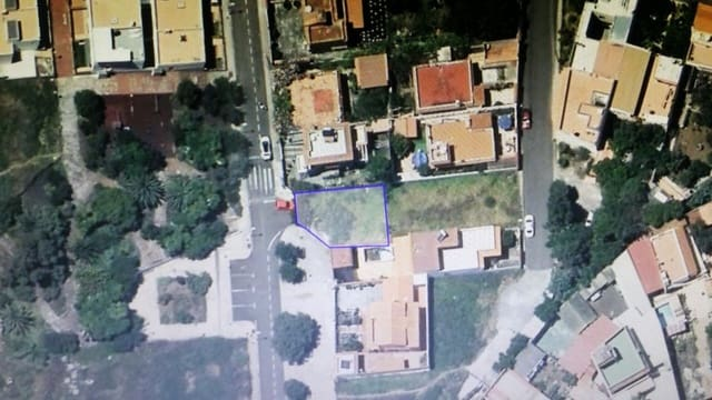 Ubebygd land til salgs i Arucas - € 63 500 (Ref: 5430509)
