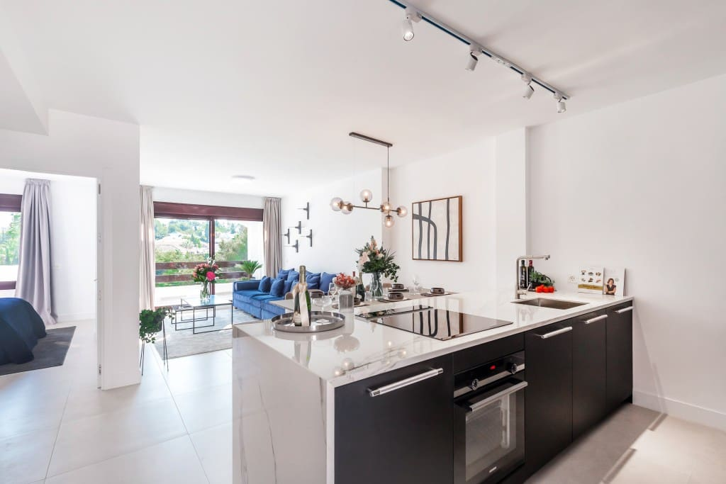 3 bedroom Apartment for sale in Marbella with pool - € 595,000 (Ref: 5173716)