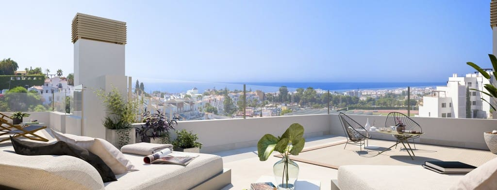 2 bedroom Apartment for sale in Nerja with pool - € 220,000 (Ref: 5173835)