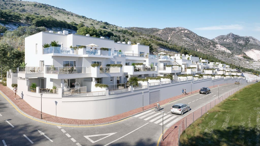 2 bedroom Apartment for sale in Benalmadena with pool - € 199,000 (Ref: 5173877)
