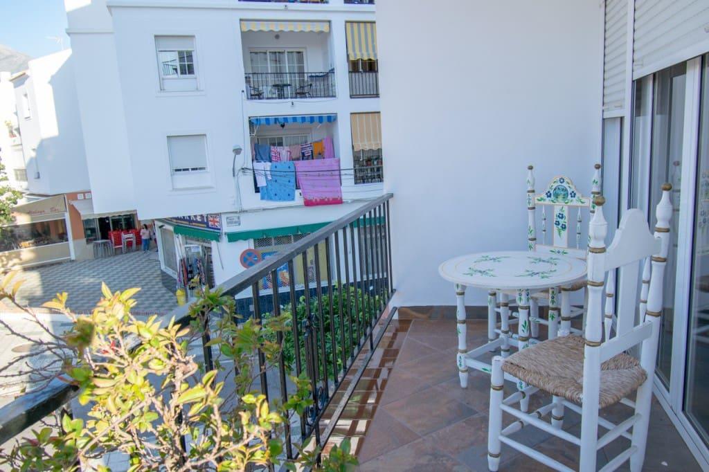 2 bedroom Apartment for sale in Nerja - € 175,000 (Ref: 5174031)
