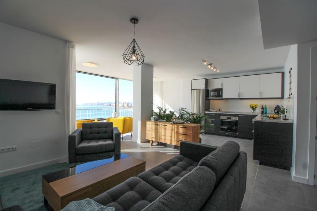 3 bedroom Apartment for sale in Fuengirola - € 449,000 (Ref: 5565769)