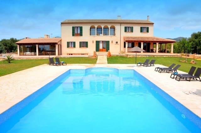 6 soveværelse Finca/Landehus til leje i Portocolom med swimmingpool garage - € 4.600 (Ref: 5698073)