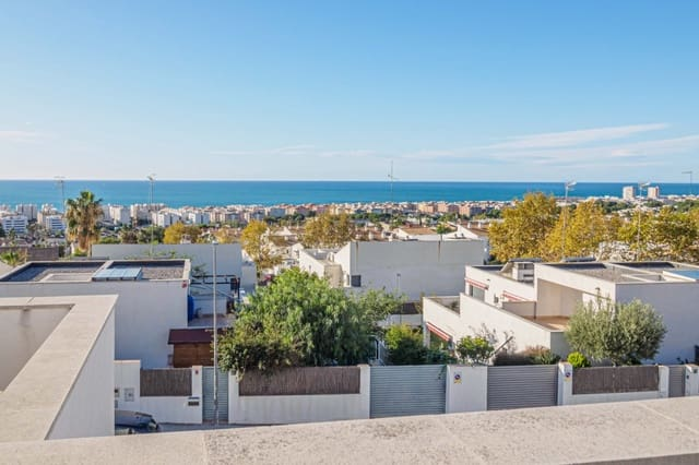 3 soveværelse Rækkehus til salg i Calafell med swimmingpool - € 335.000 (Ref: 6209702)