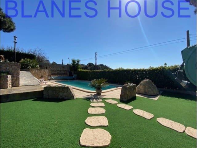 4 sypialnia Dom na sprzedaż w Santa Susanna z basenem garażem - 499 000 € (Ref: 5969742)