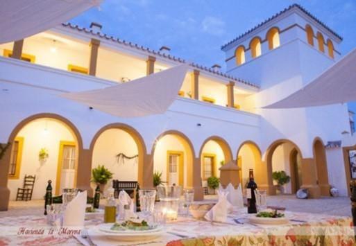 14 sovrum Företag till salu i Montellano med pool - 1 495 000 € (Ref: 5120247)