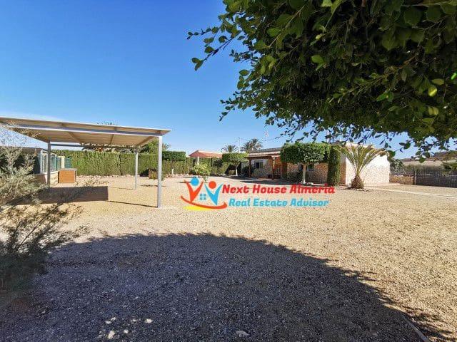 Finca/Casa Rural de 4 habitaciones en Los Lobos en venta - 149.950 € (Ref: 5605650)