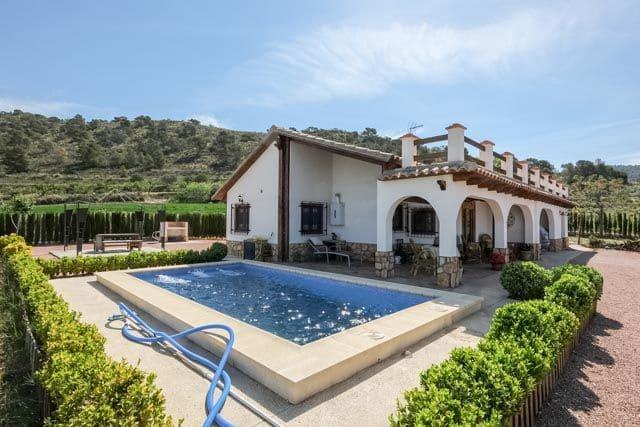 3 chambre Villa/Maison à vendre à Yecla avec piscine garage - 199 999 € (Ref: 5152242)