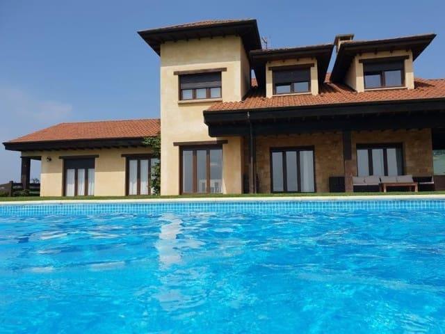 Chalet de 6 habitaciones en Siero en venta con piscina garaje - 650.000 € (Ref: 5150097)