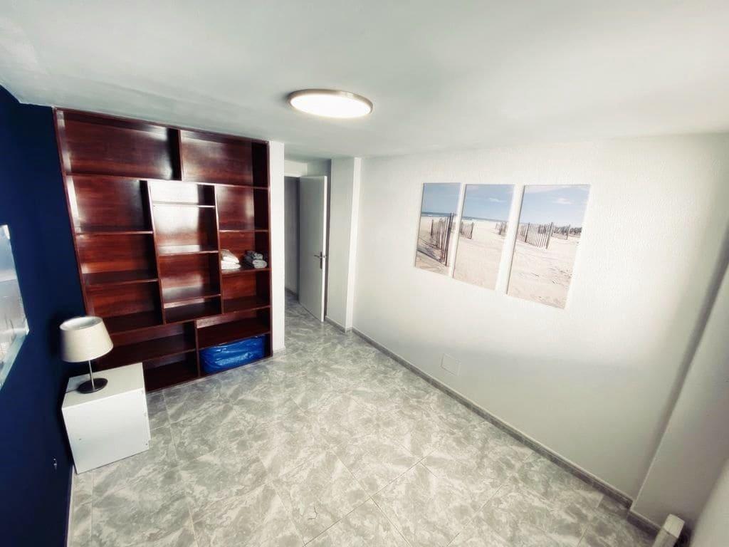 2 camera da letto Commerciale in vendita in Los Caideros con piscina - 159.000 € (Rif: 5867204)