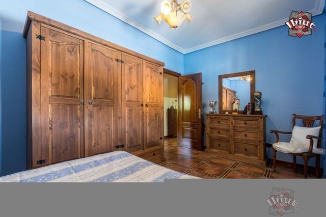5 soveværelse Villa til salg i Rus med swimmingpool garage - € 240.000 (Ref: 5252126)