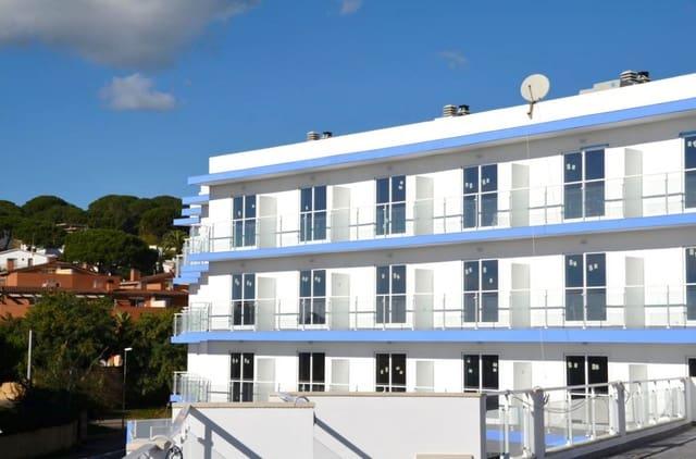 75 chambre Hôtel à vendre à Canet de Mar avec piscine garage - 5 000 000 € (Ref: 5150922)