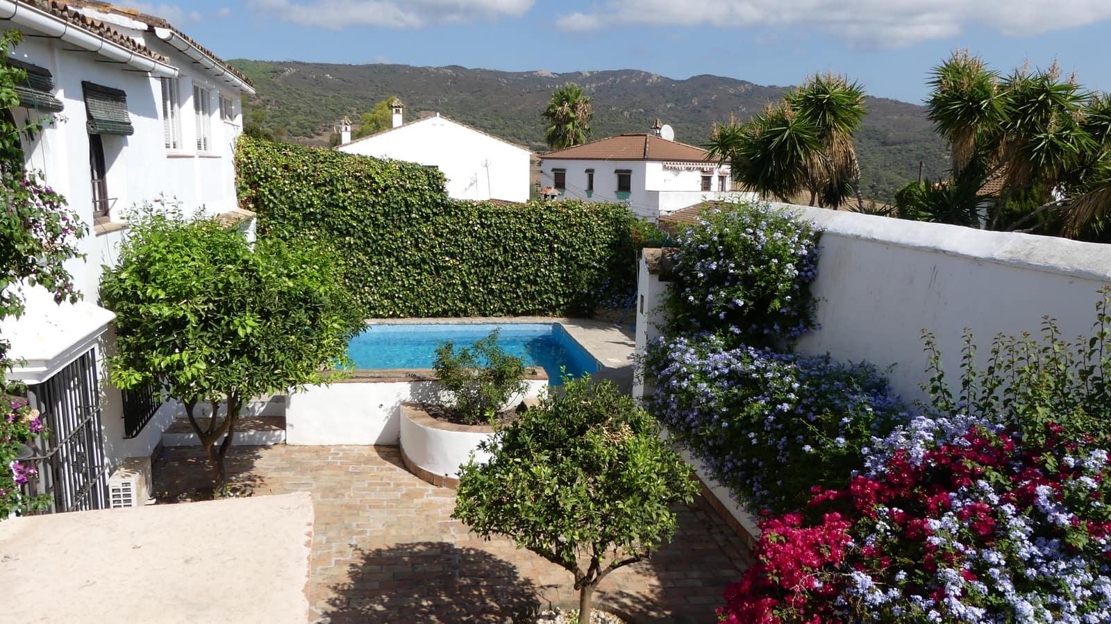 4 bedroom Townhouse for sale in Jimena de la Frontera - € 449,000 (Ref: 6319895)