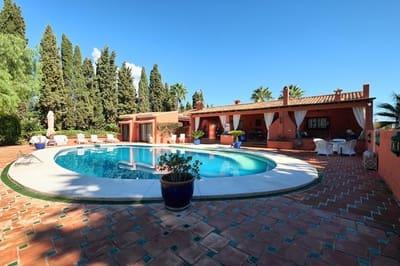 12 bedroom Villa for sale in Golden Mile with pool garage - € 2,500,000 (Ref: 5194113)