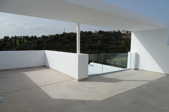 2 quarto Penthouse para venda em Benahavis com piscina - 490 000 € (Ref: 5547223)