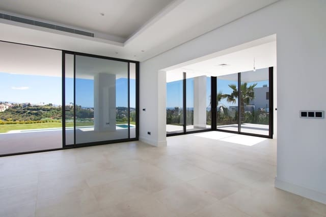 4 quarto Moradia para venda em Los Flamingos com piscina - 2 499 000 € (Ref: 5547334)
