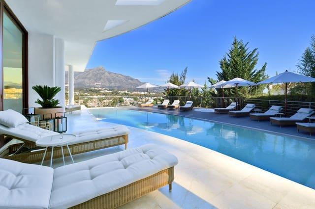 7 quarto Moradia para venda em Nueva Andalucia com piscina - 4 400 000 € (Ref: 5892369)