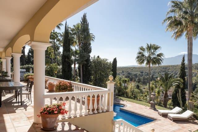 5 makuuhuone Huvila myytävänä paikassa El Paraiso mukana uima-altaan - 1 695 000 € (Ref: 5980809)