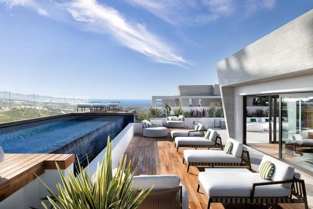 4 soveværelse Lejlighed til salg i Golden Mile med swimmingpool - € 3.100.000 (Ref: 6024845)