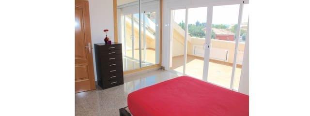 4 chambre Villa/Maison Semi-Mitoyenne à vendre à El Coto avec garage - 298 000 € (Ref: 5209874)