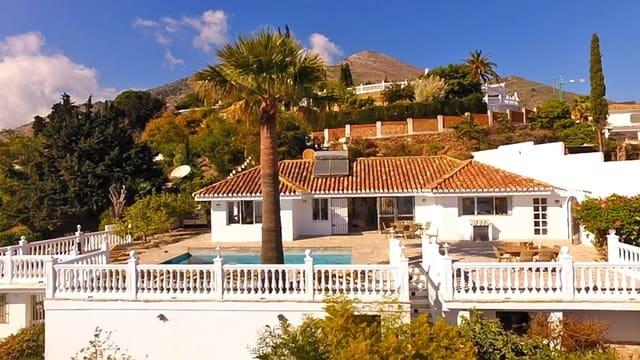 3 bedroom Villa for holiday rental in La Capellania with pool garage - € 1,050 (Ref: 5209903)