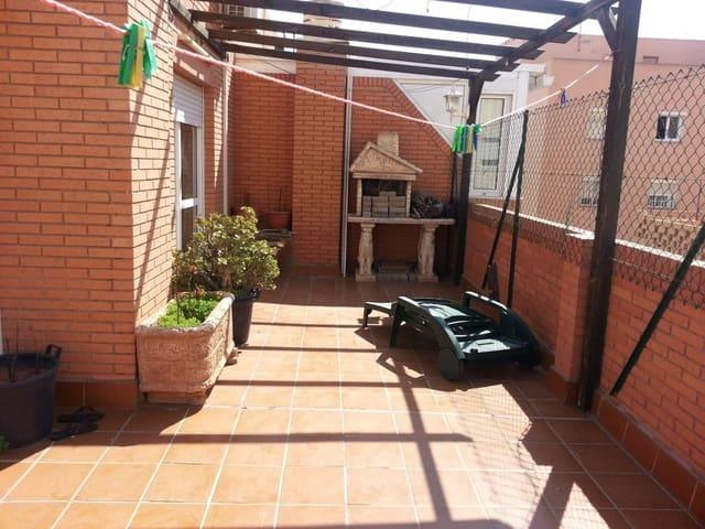 3 soveværelse Penthouse til salg i Almeria by med garage - € 135.000 (Ref: 6086406)