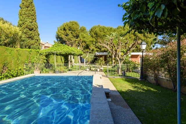 4 bedroom Villa for sale in Benicassim with pool garage - € 800,000 (Ref: 6026597)