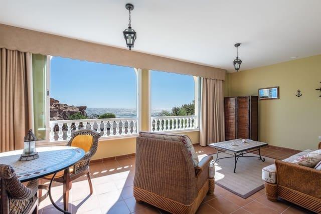 Chalet de 5 habitaciones en Arico en venta con garaje - 349.000 € (Ref: 5248341)