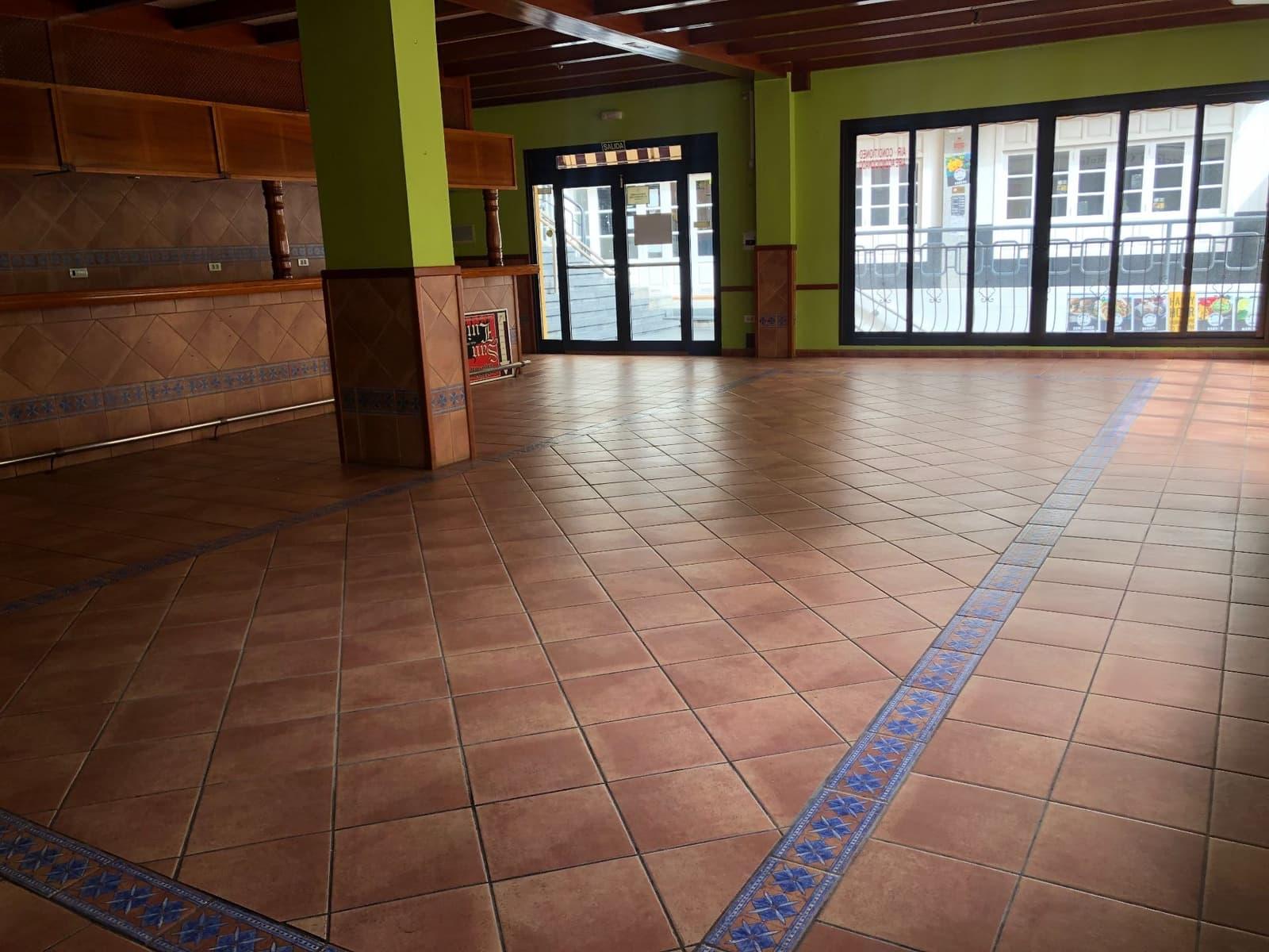 1 soveværelse Erhverv til leje i Los Cristianos - € 2.500 (Ref: 5773759)