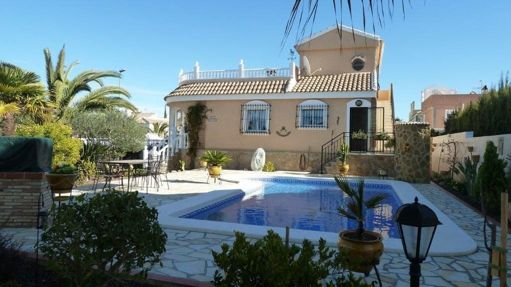 3 bedroom Villa for holiday rental in Camposol with pool - € 587 (Ref: 5219709)
