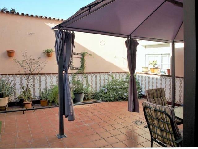 Chalet de 4 habitaciones en Torrejón de Ardoz en venta con garaje - 390.000 € (Ref: 5219539)