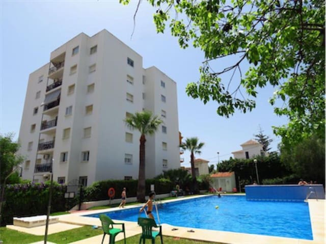 3 makuuhuone Asunto myytävänä paikassa Benalmadena Costa mukana uima-altaan - 169 000 € (Ref: 6013612)