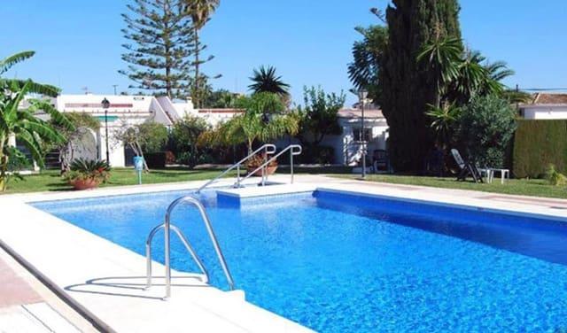 2 bedroom Villa for sale in Torremolinos with pool - € 260,000 (Ref: 6028652)