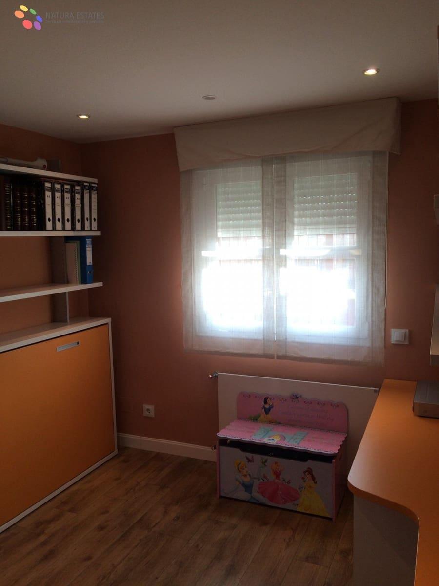 4 chambre Penthouse à vendre à Valdemoro avec piscine garage - 455 000 € (Ref: 5876511)