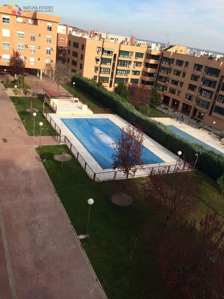 Ático de 4 habitaciones en Valdemoro en venta con piscina garaje - 455.000 € (Ref: 5876511)