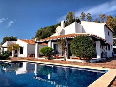 3 bedroom Finca/Country House for sale in Arenas with pool garage - € 425,000 (Ref: 5359519)