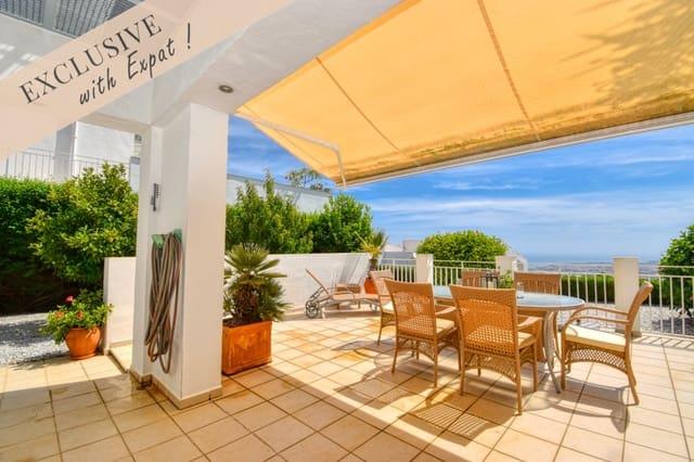 3 soveværelse Semi-Rækkehus til salg i Algarrobo med swimmingpool garage - € 268.000 (Ref: 5603011)
