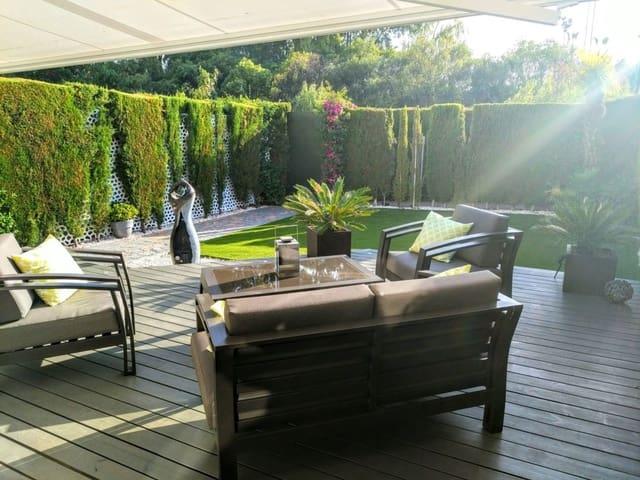 3 chambre Maison de Ville à vendre à Nueva Andalucia avec piscine - 439 000 € (Ref: 5475461)