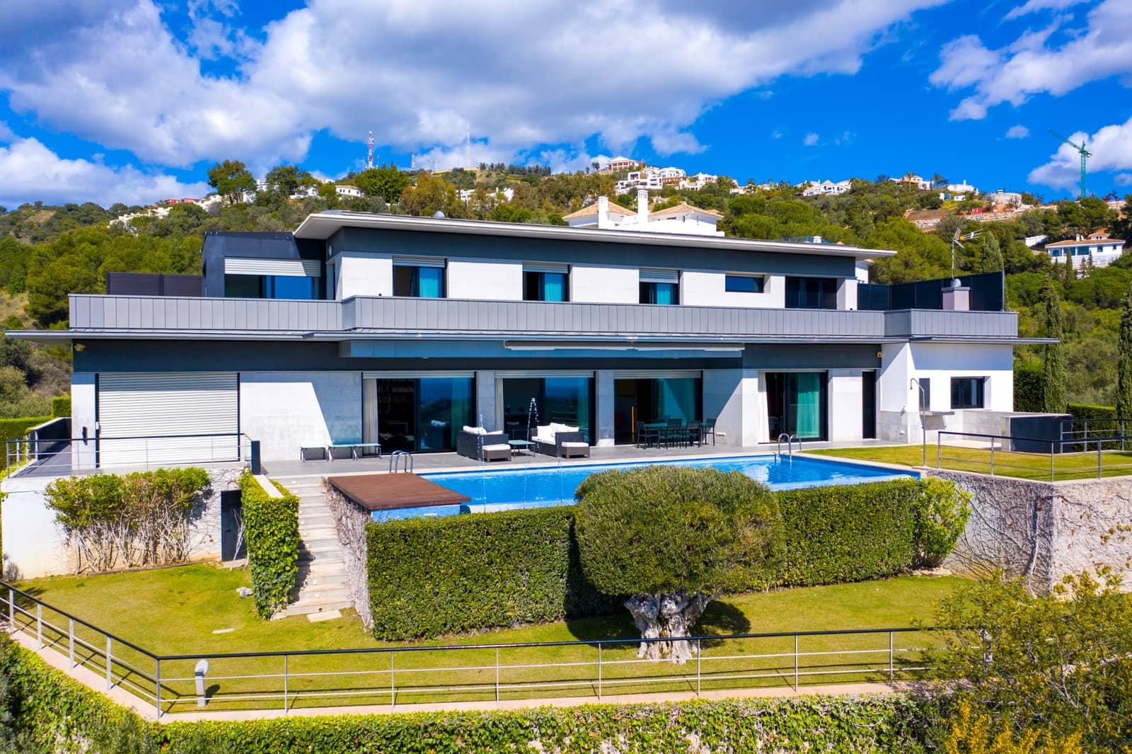 5 bedroom Villa for sale in Marbella with pool - € 3,500,000 (Ref: 5945371)