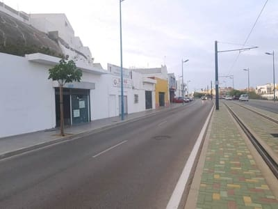 Business for sale in Chiclana de la Frontera - € 125,000 (Ref: 5248517)