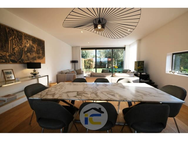 4 quarto Moradia para venda em Navata - 640 000 € (Ref: 6066107)