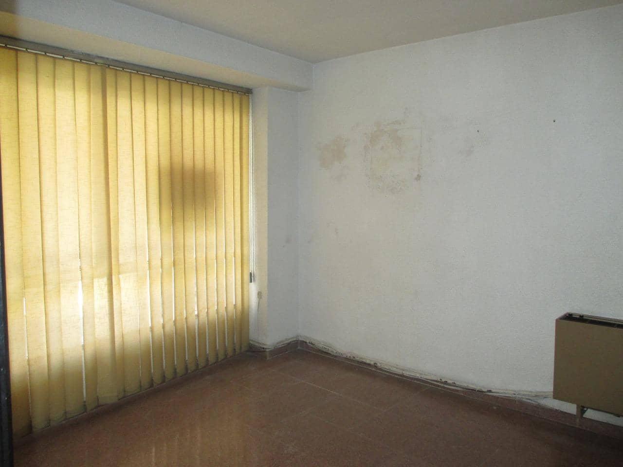 5 slaapkamer Commercieel te huur in Elche / Elx - € 400 (Ref: 5361458)