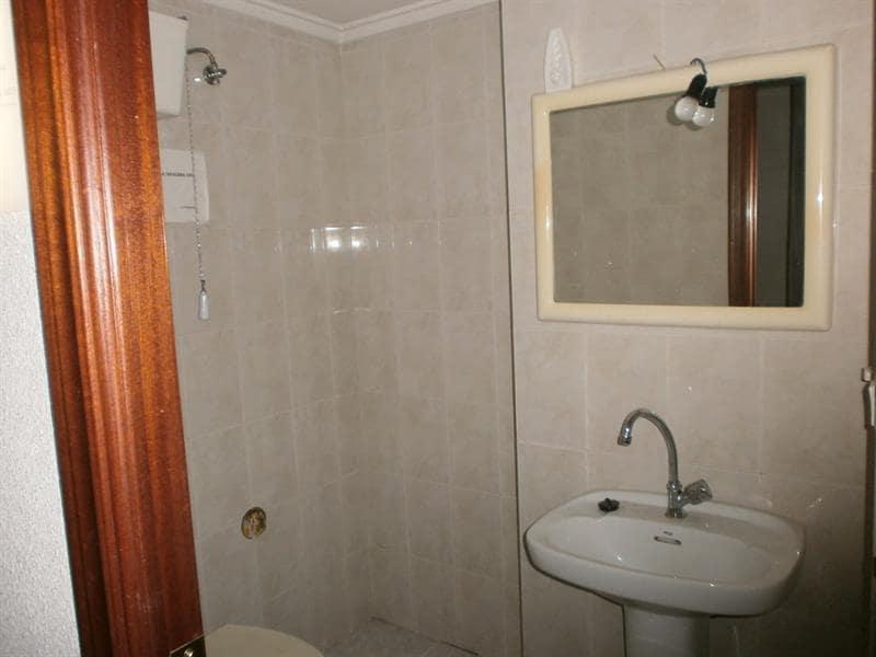 3 slaapkamer Commercieel te huur in Elche / Elx - € 300 (Ref: 5361504)