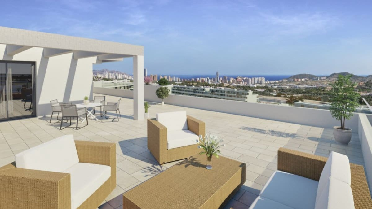 2 bedroom Penthouse for sale in Finestrat with pool - € 220,000 (Ref: 6186397)