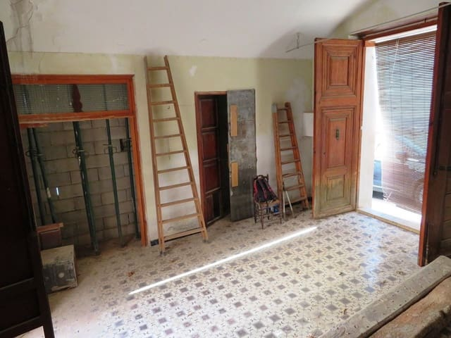Hus til salgs i Benimeli - € 99 000 (Ref: 5470697)